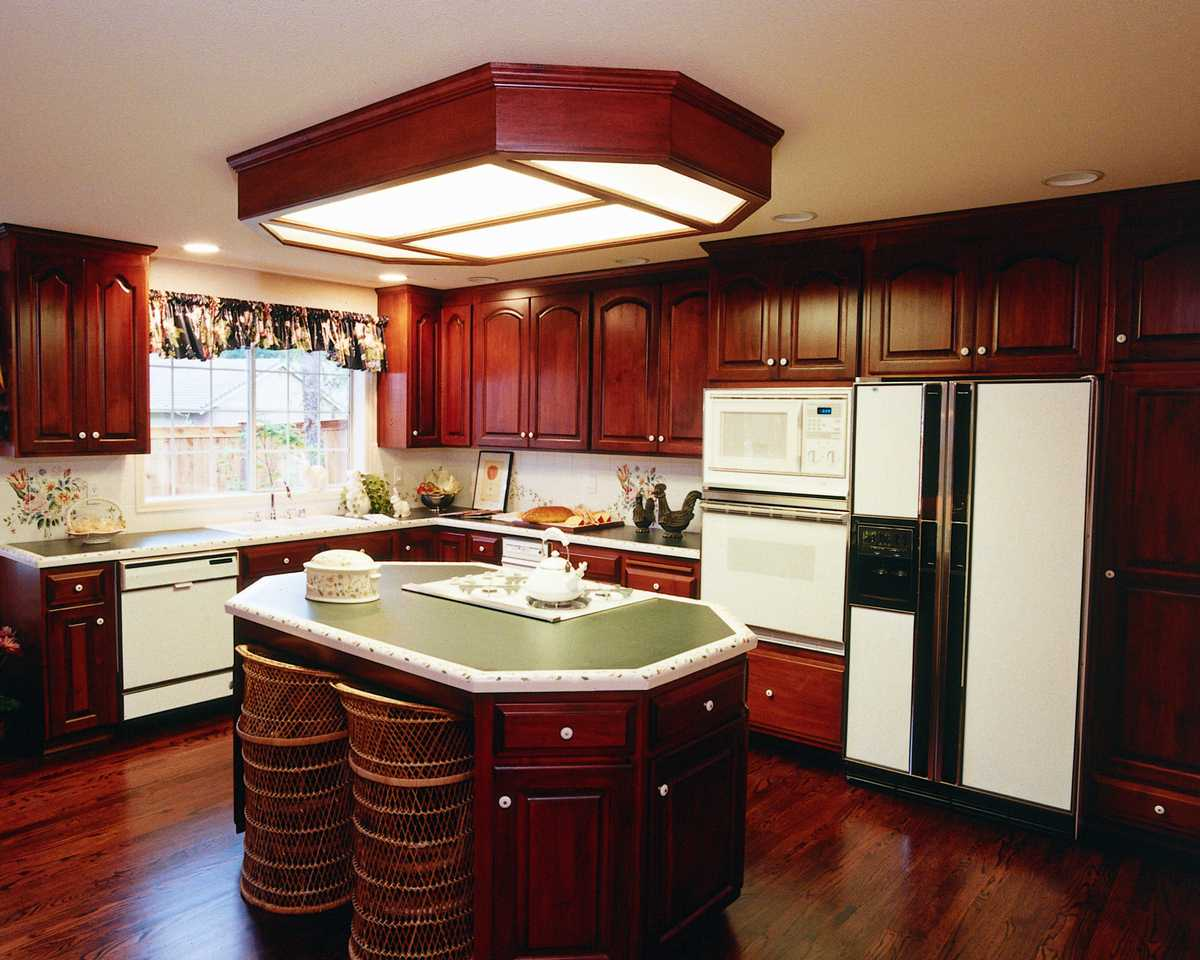 Dream kitchen xenia nova for Kitchen designs island