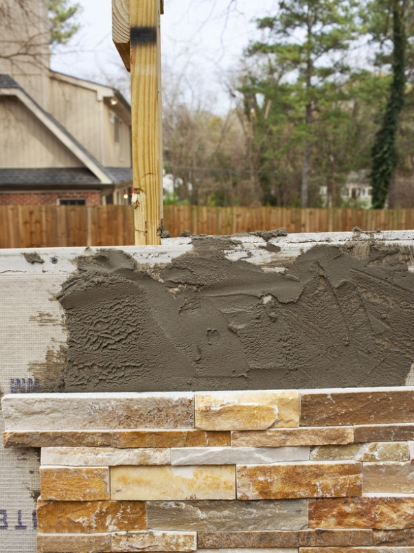 original-Brian-Patrick-Flynn_how-to-build-outdoor-fireplace-step7_s3x4_lg