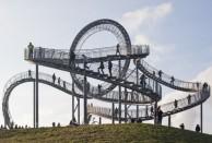 rollercoaster01-600x407