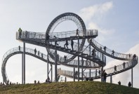 rollercoaster01-600x407